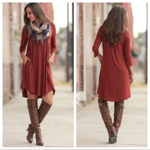 Dresses & Skirts - 🚨LAST ONE!🚨Rust 3/4 sleeve dress with pockets!